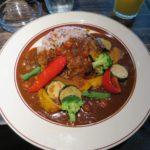 季節の彩り野菜と十五穀米のカレー【b&r 】