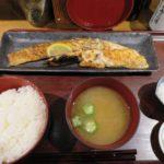 大人気魚系定食屋のサーモンハラス干し定食【白銀屋 溜池分店】