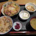 牛バラ白菜煮と五目とカニの炊き込みご飯【はなぜん 赤坂店】